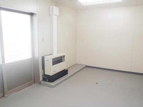 FF温風暖房機取付
